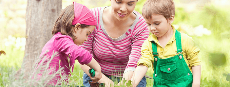 Gardening with Kids: 5 Easy Veges to Grow